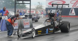 Jeff-Kauffman-blown-rear-engine-dragster-staged